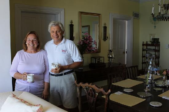 Granaway Guest House & Cottages : Our wonderful hosts, Carol and Michael Ashton