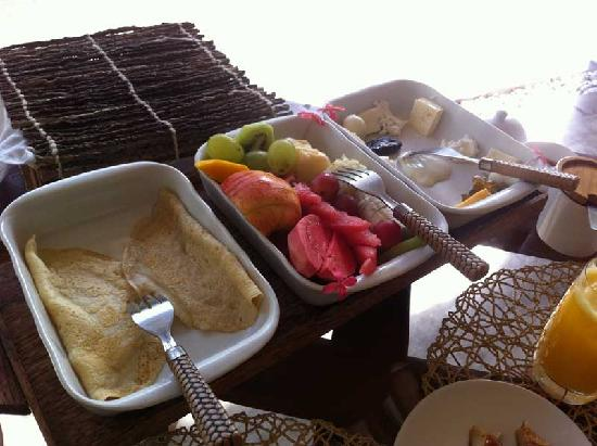 Casa Acayu Pousada & Bungalows: Another view of breakfast
