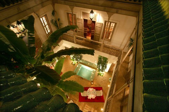 Riad Altair: Patio by Night