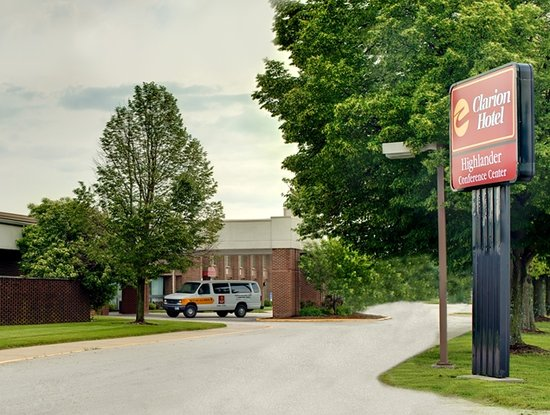 Clarion Highlander Hotel and Conference Center: Welcome to the Clarion Highlander Hotel & Conference Center