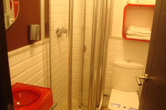 Hospederia Alma Andalusi: bathroom