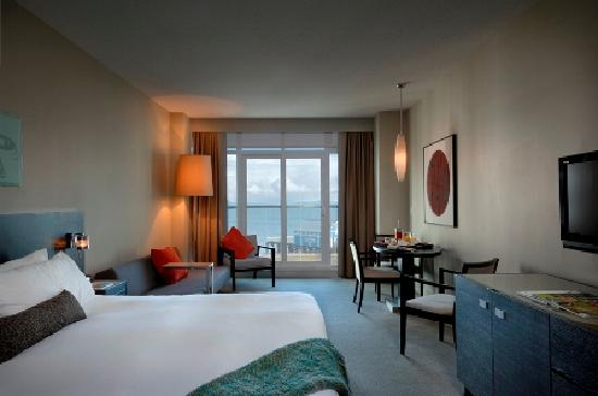 The Sidney Pier Hotel & Spa: Seaview King Room