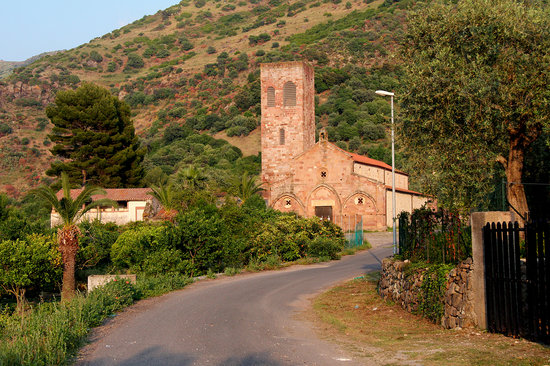 Bosa, Italien: Old church
