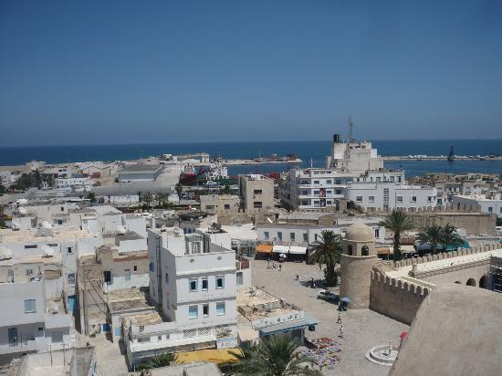 Sousse, Tunisie : vue sur la ville depuis la tour du ribat