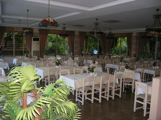 Can Garden Beach Hotel: restaurant