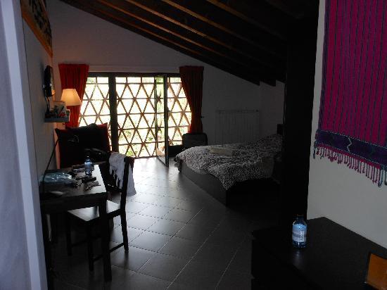 Agriturismo Sommavalle: Quiet room on second floor