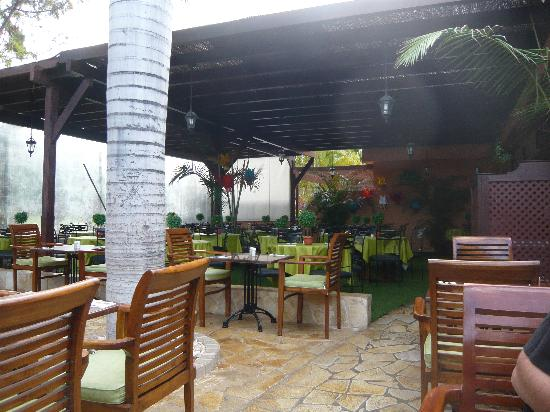Green Garden Resort & Suites: Restaurant