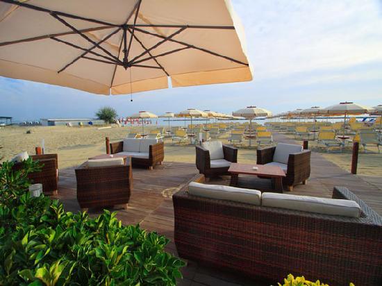 Hotel Abarth: il bagno gallia beach
