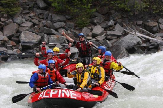 Alpine Rafting : The great day coming to an end!!