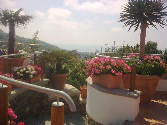 Hotel Belvedere: le scale di accesso all'hotel