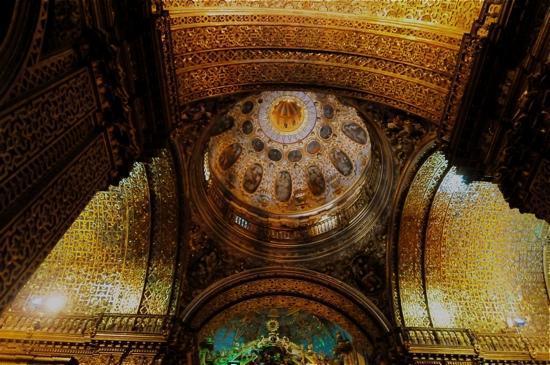Iglesia de La Compania de Jesús: inside