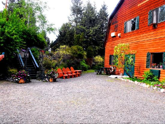 108 Mile Ranch, Canada : Outside Area where we got married...