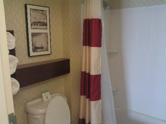 Residence Inn Columbus: Bathroom
