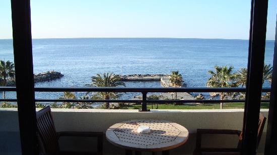 Amathus Beach Hotel Limassol: Nice view, huh?