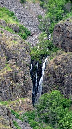 Hells Canyon Scenic Byway: You will see beautiful water falls.