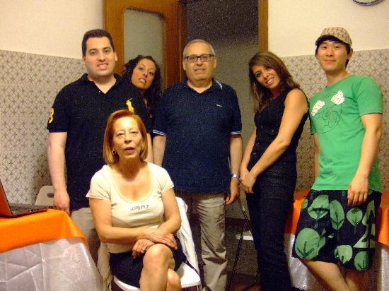 A Casa di Mario: 숙소 가족과 함께