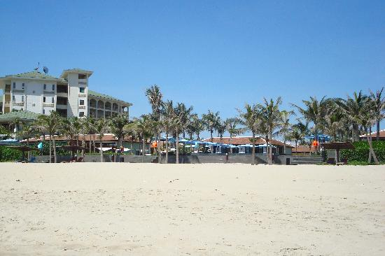 Fusion Maia Da Nang: Hotel from the beach