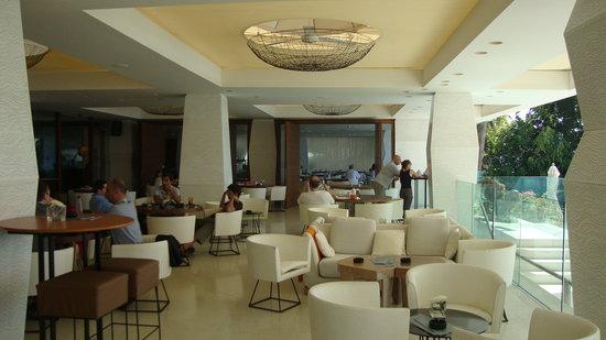 Londa Hotel: The lounge area