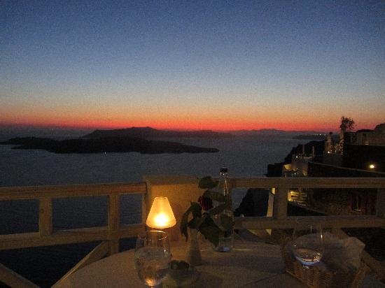 Petit Palace Suites Hotel : Dinner views