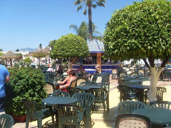 Globales Cortijo Blanco Hotel: Bar area