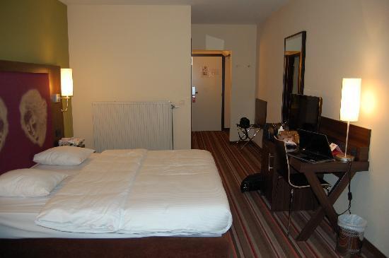 ลีโอนาร์โด โฮเต็ล แอนท์เวอร์เพ็น: Guestroom