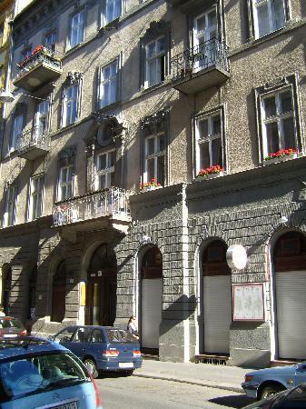 To-ma Apartments: palazzo d'epoca...ma funzionale!