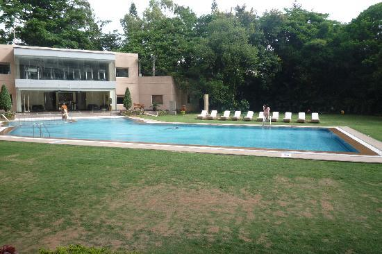 The Lalit Ashok: How the pool should look!