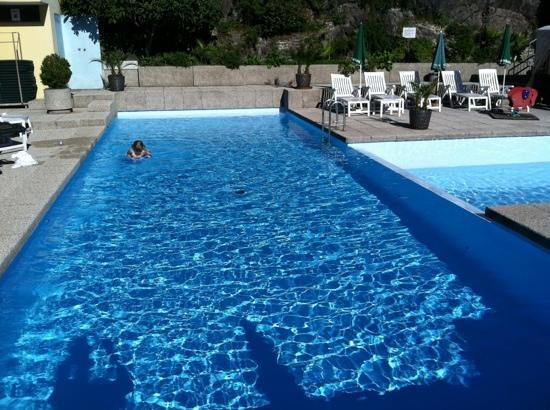 Hotel Campione: At the pool