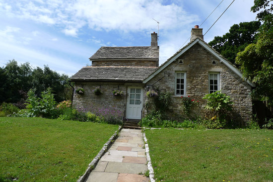 The Old School House - Studland: Old School House B&B