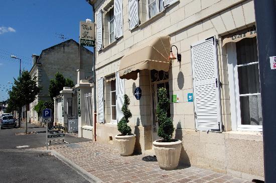 Hotel Belle Epoque: Entrée de l'hôtel