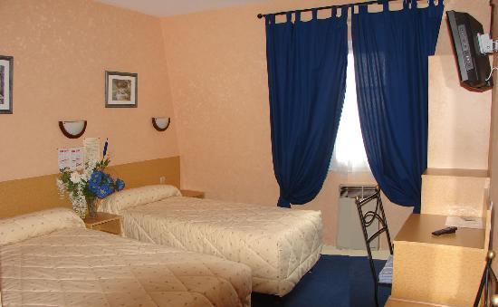Hôtel Belle Epoque : chambre triple