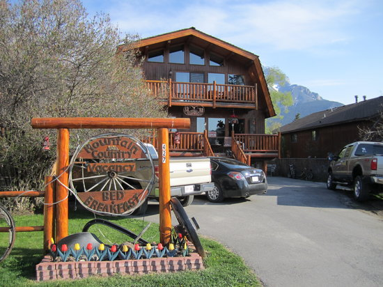 Mountain Country Bed and Breakfast: The B&B