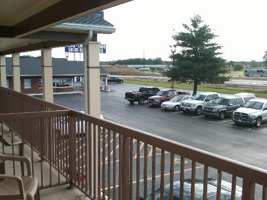 Baymont Inn & Suites Effingham : Sit back and relax while you leave the driving to others.