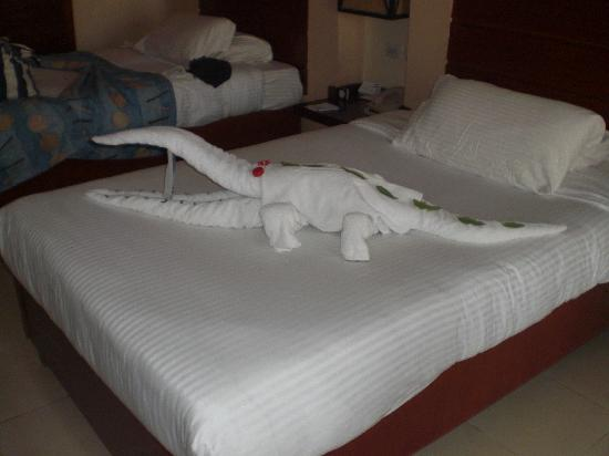 Coral Sea Holiday Village: A work of art from towels