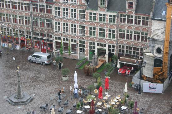 'T Paradijs Van Wenemaar: View from the top of the Castle across the street