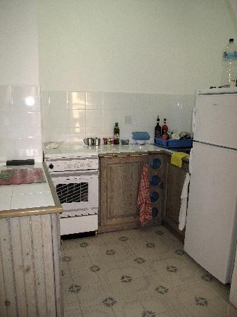 Villa Bronja : Küche