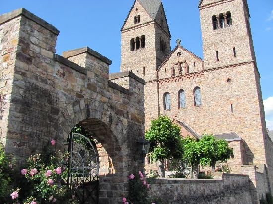 Benedictine Abbey of St. Hildegard: abbey and church