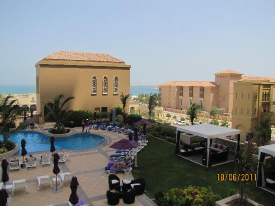 Mövenpick Hotel Jumeirah Beach: Piscine