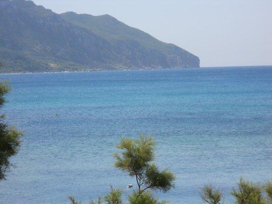 Pension Vrachos: Balcony view Over Bay