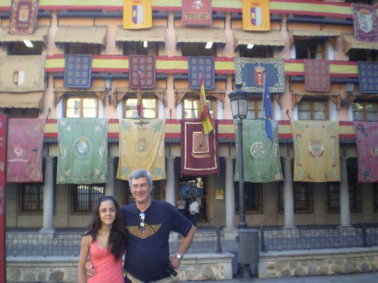 Toledo, España: frente a la plaza