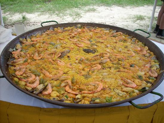 Iberostar Cozumel: Beach Party Feast!
