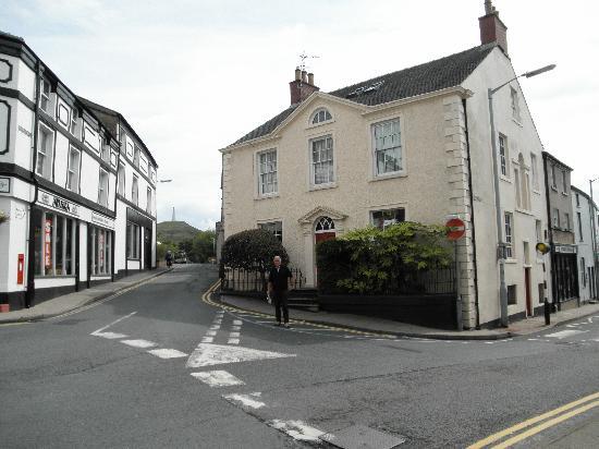 Church Walk House: Superb location, historical home