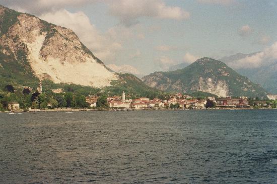 Il Chiostro: Auf dem Lago Maggiore