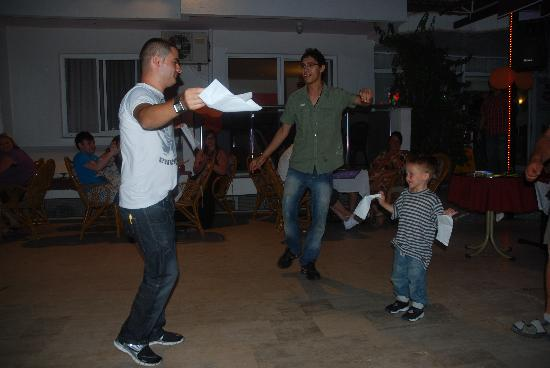 Kaan Apart: Little Thomas dancing for his prize with David etc;