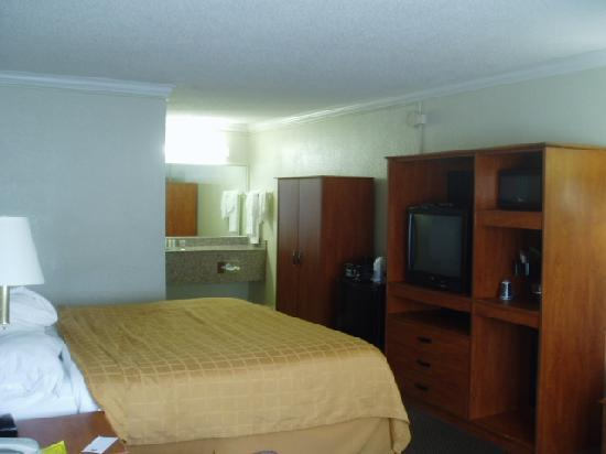 Quality Inn Airport: room photo 1