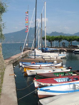 Torri del Benaco - colourful fishing boats