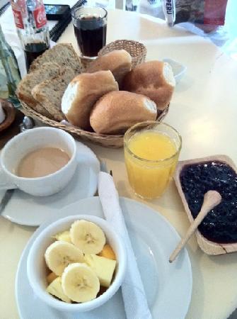 Niños Hotel: bread baked fresh every morning
