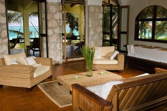 Casa de las Olas: Ocean Front Master Suite