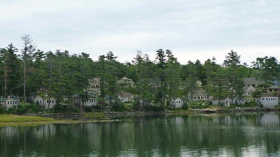 Edgecomb, Мэн: Resort from Dock