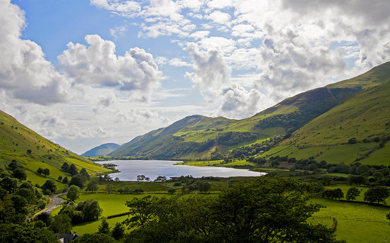 Tal-y-llyn, UK: Looking down across Talyllyn, The Old Rectory is in the far right hand corner just beside the la